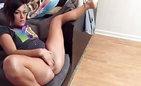Auf der Couch geil abgespritzt